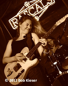 joanne shaw atylor pic 1
