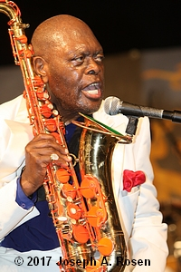 JAY MCNEELY PHOTO 3