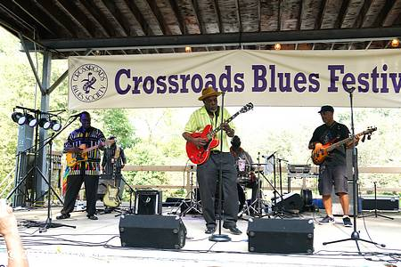 crossroads blues fest photo 17