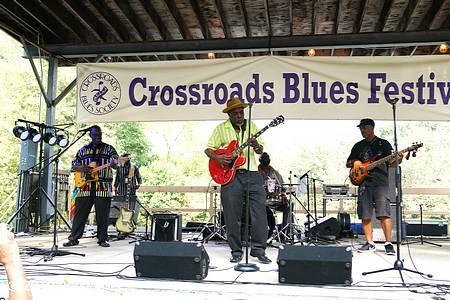crossroads blues fest photo 17